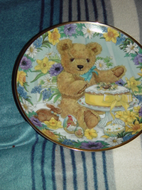 FRANKIN MINT TEDDY'S EASTER TREAT COLLECTION PLATE