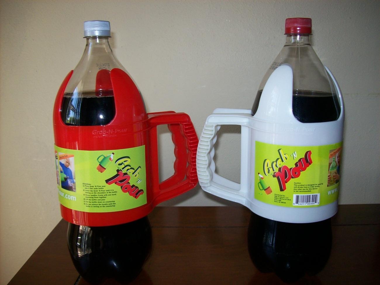 Grab 'N Pour - 2 Liter Bottle Handle