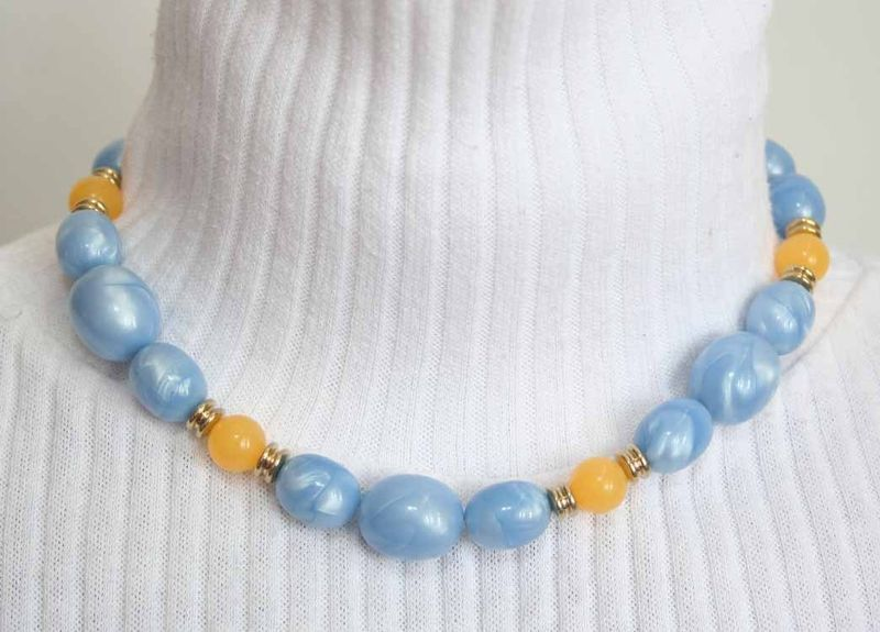 Primary image for Art Moderne 70s Yellow & Blue Plastic Bauble Necklace