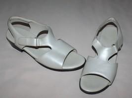 SAS Suntimer Taupe Beige Tripad Comfort Sandals Womens 10 S (AAA) Slim - $32.62