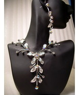 GENUINE AUSTRIAN CRYSTAL FLORAL JEWELRY SET Necklace & Earrings *NEW* FR... - $12.50