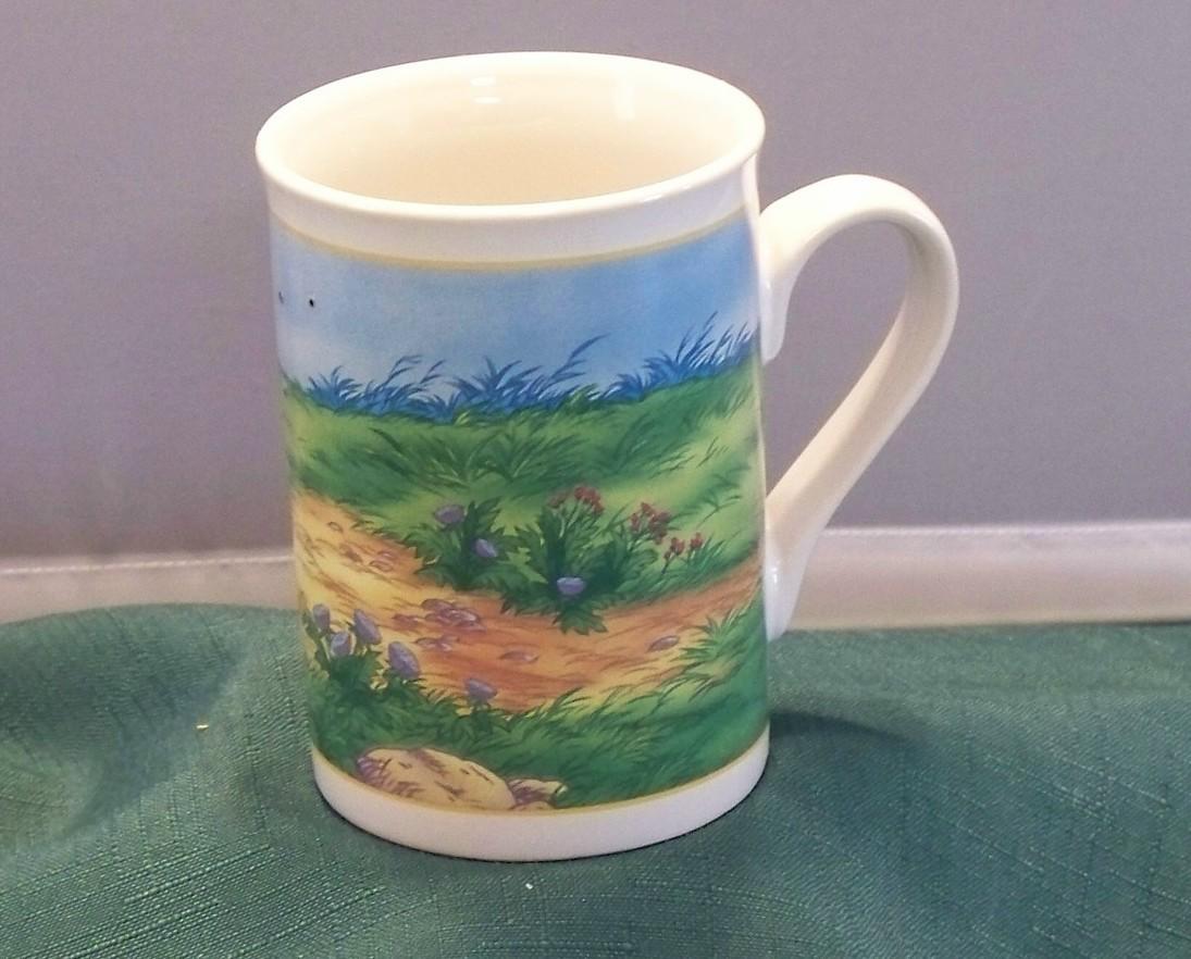 Winnie The Pooh Pulling Hunny Wagon 10 Oz Coffee Mug VGC