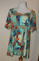 LuLaRoe XL Perfect T Shirt Top Abstract Multicolor Print - $16.50