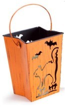 "Melrose 7"" Distressed Orange Cat and Bats Halloween Candle Lantern Luminary - $520,74 MXN"