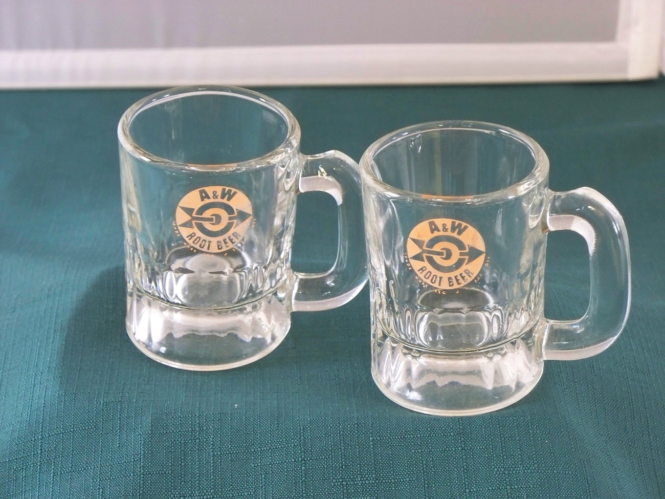 Two A & W Root Beer Mini Mugs Bullseye Logo Good Condition