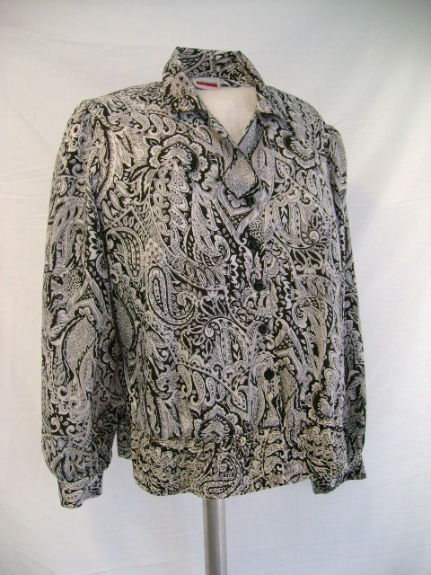 Wonderful vintage paisley black and white blouse 80's...