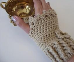 Cream Fingerless Gloves/ivory/crochet/lace/handmade/glovelettes  - $15.00
