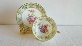 Beautiful Regency Fine Bone China Tea Cup and Saucer Rose Bouquet Antiqu... - $19.99