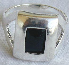 Black cat eye ring silver