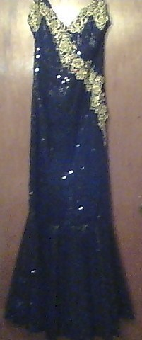 EVENING GOWN BLACK with SEQUINS NEW SIZE 8