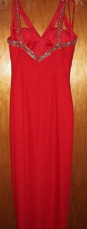 NEW CIRE LANDA RED SEQUINED EVENING GOWN SIZE 8