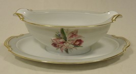 Noritake 5049 Vintage Gravy Boat Attached Saucer 9 1/2in x 6in x 3in Chi... - $32.32
