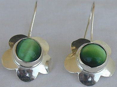 Green flowers earrings