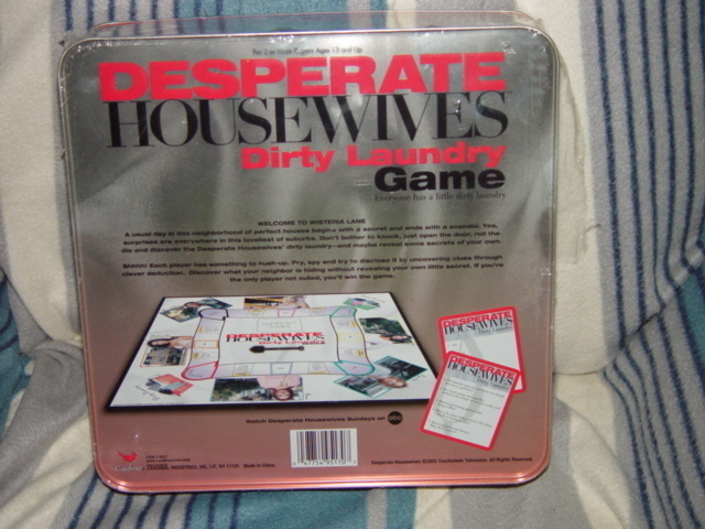 DESPERATE HOUSE WIVES DIRTY LAUNDRY GAME NEW IN TIN