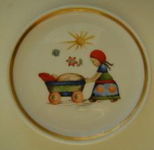 Berta Hummel Miniature Plate, Girl and Baby - $12.00