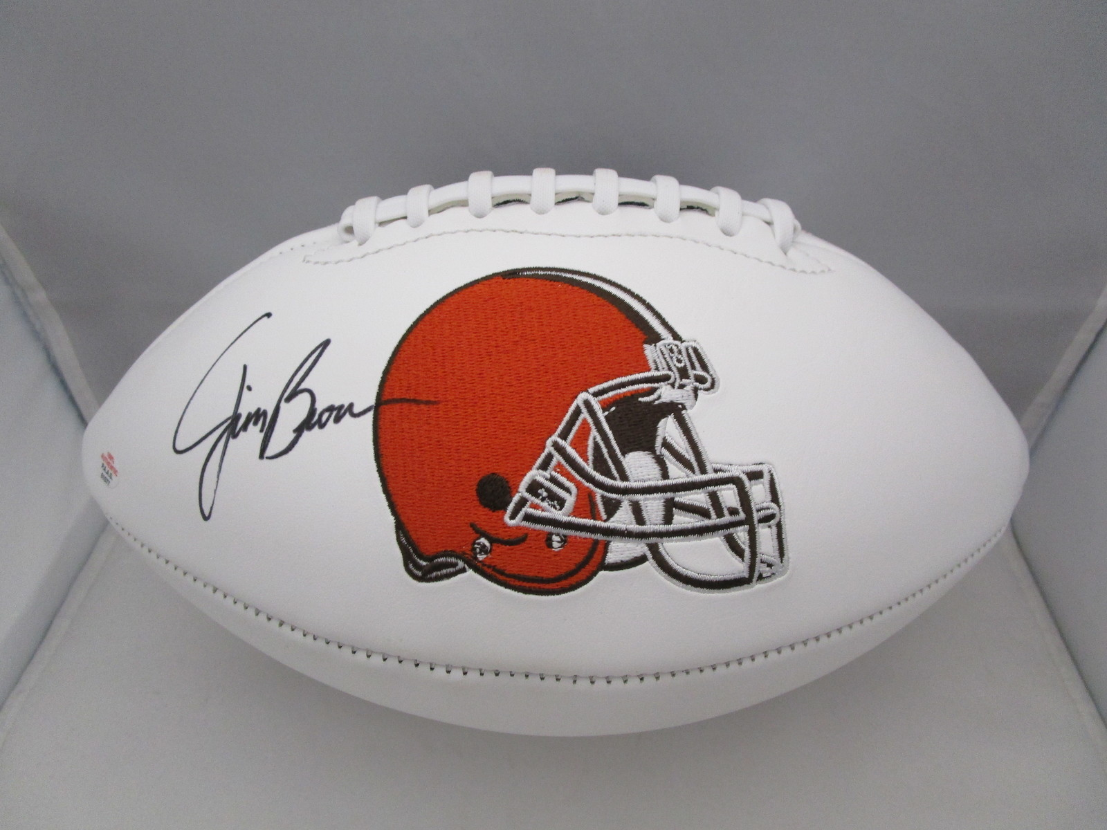 JIM BROWN / NFL HALL OF FAME / AUTOGRAPHED CLEVELAND BROWNS WHITE FOOTBALL / COA - $118.75