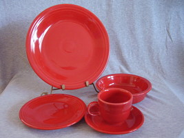Post 86 Fiestaware Scarlet 5pc Placesetting NIB Fiesta - $38.00
