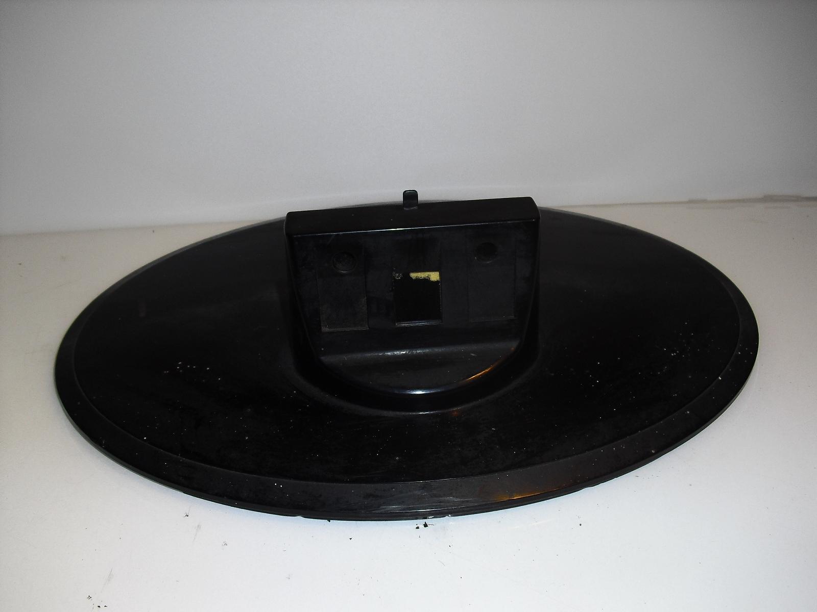 toshiba 26av500 u    stand  base   with  screws - $22.99