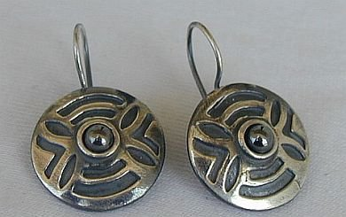 Round oxygenized earrings