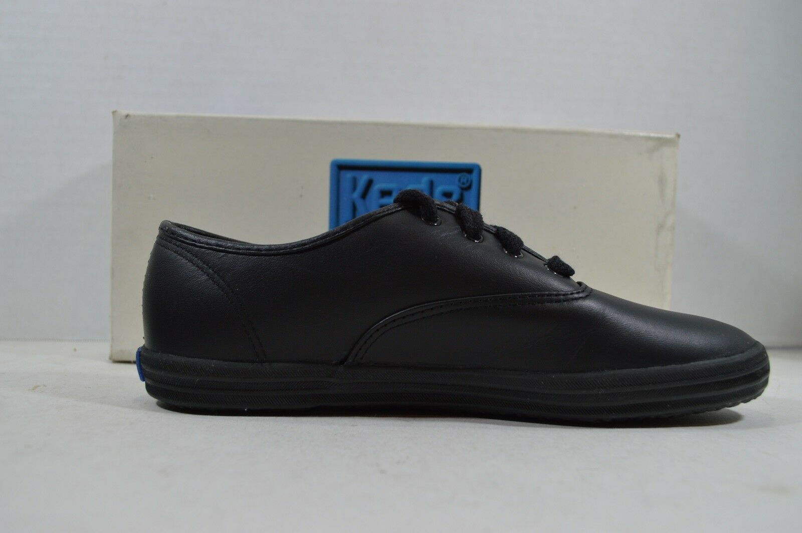 Vintage 90s Keds New Womens 6.5 Champion Leather Lace Up Walking Shoes Black