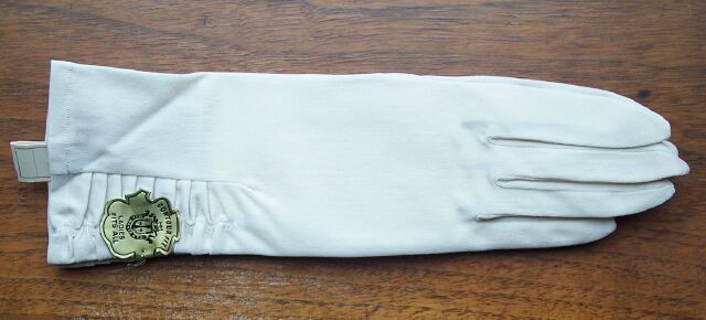 Vintage Max Mayer's Gloves Woman's Fits All Ivory