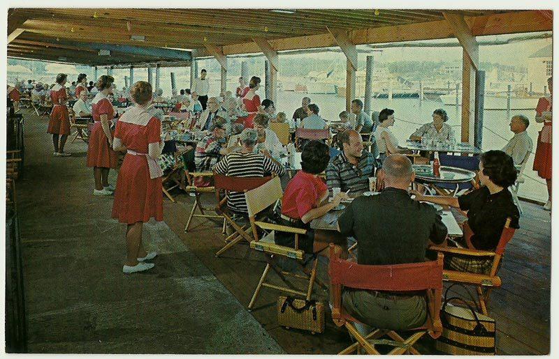 Hannau-Robinson, Full bleed color postcard, Thompson Brothers Clam Bar, Harwichp