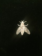 60s Alice Caviness silver filagree bee/bug/insect brooch with moveable wings image 2