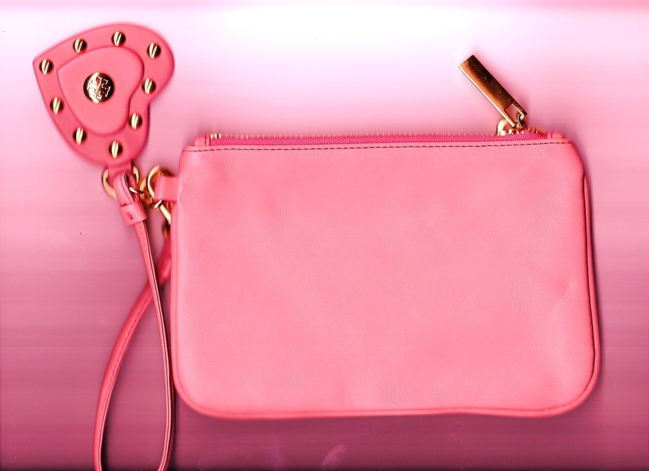 Torry  Burch Fashion Design Clutch Purse, Leather, Pink