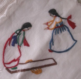 AMERICAN INDIAN MOTIF VINTAGE EMBROIDERED HANKERCHIEF