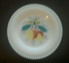 Westmoreland Milk Glass Beaded Edge Fruit Bread & Butter Plate 6 Inch Peaches - $23.42