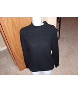 Black_ribbed_sweater_thumbtall