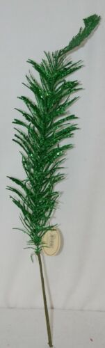 Tii collections G3229 Green Swirl Decorative Tinsel Feather
