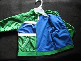Christmas jacket green opened img 0316 thumb200