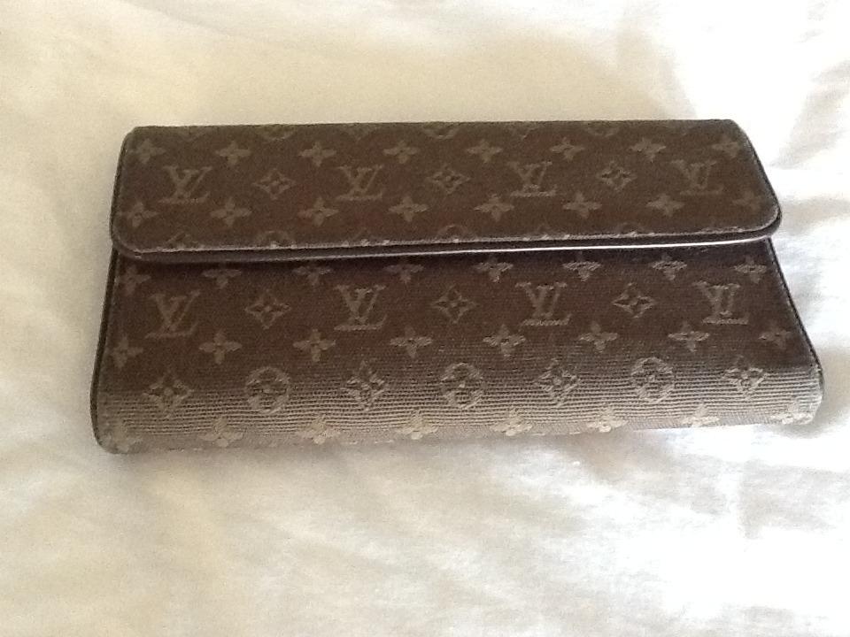 Authentic Louis Vuitton Monogram Mini Marjorie Wallet Bag Coin Purse - $475.00