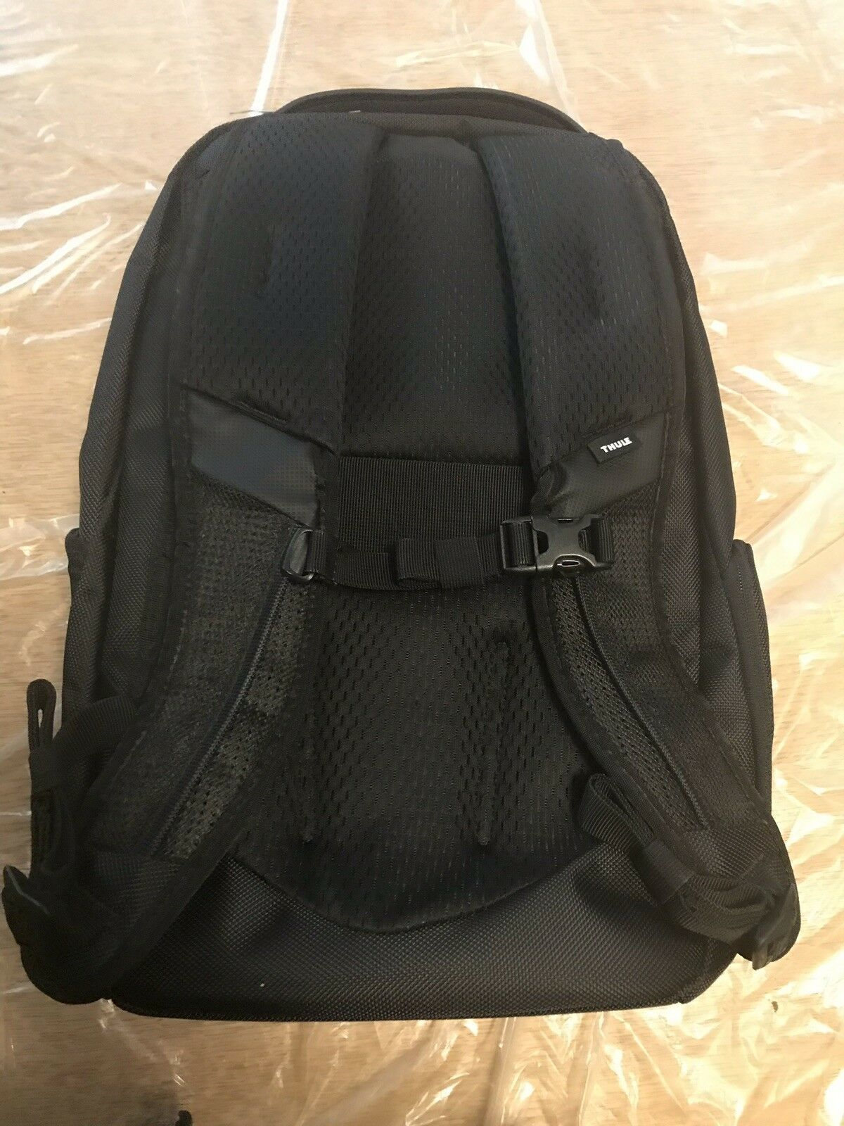 Brand NEW!!! Thule Accent Backpack 23L, TACBP116 Brand New with Tags