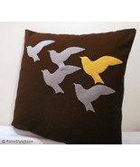 Flying_birds_brown_linen_thumbtall