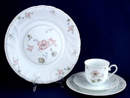 Mikasa Shelburn 4-pc Place Setting Cup Saucer Plates Unused - $15.00