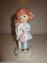 VINTAGE 1971 FRAN MAR MOPPET'S FIGURINE GIRL HOLDING BLANKET - $9.99