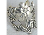 Silver flower ring a thumb155 crop