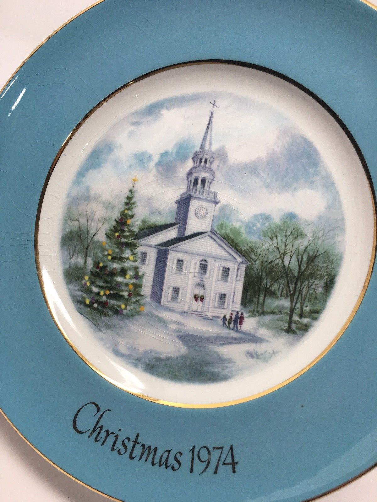 Avon 1974 Christmas Church Collector's Plate - Second Edition - Country Church image 6