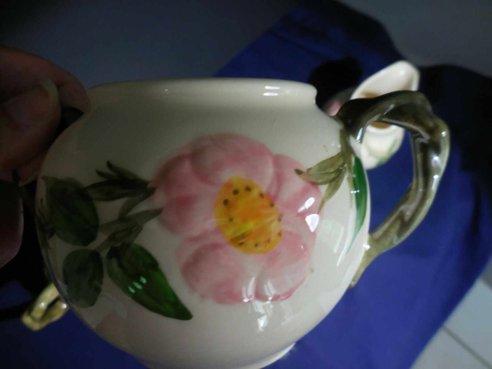 Francisican Eathanware Desert Rose Creamers and Covered Sugar Set