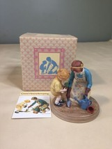 "Vtg Jessie Willcox Smith Avon-1986 Holiday Figurine ""Mother's Day-Helping Mom"" - $9.89"