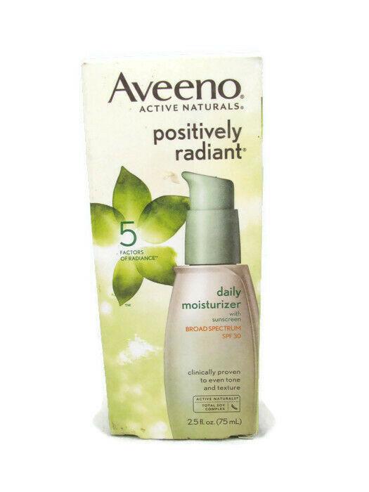 Aveeno Positively Radiant Daily Moisturizer With Sunscreen SPF30 2.5fl Oz image 3