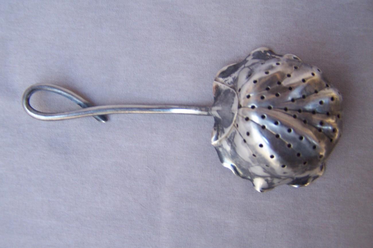 Antique Tea Strainer  Tulip   Silver  1890's   Estate Item