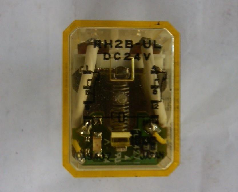 idec Relay RH2B-UL