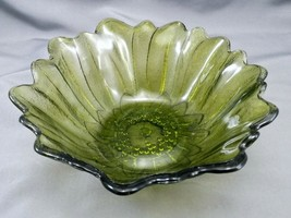 "Indiana Glass Lily Pons Sunflower Bowl 7"" Avocado Olive Green Iridescent... - $10.00"