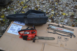 vtg homelite super 2  chain saw  w/ case needs some work but runs. - $88.10