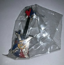 Hard Rock Cafe 10th Anniversary Montreal 2000 Canada Guitar Pin HRC Collectible - $20.31