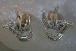 Vintage Emmons Silver Tone Clip On Earrings  - $3.95