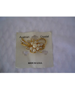 VINTAGE BROOCH  PIN WITH AUSTRIAN CRYSTALS Made in USA - $7.99